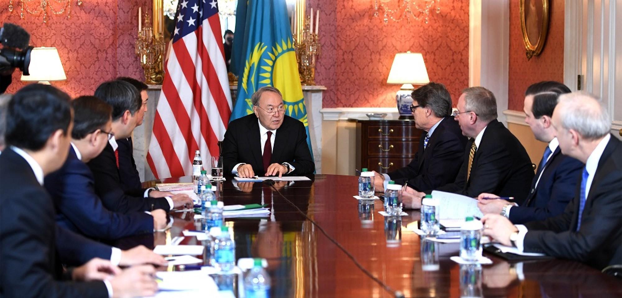 Kazakh President meets with US Energy Secretary Rick Perry